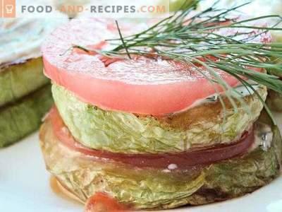 Пржени тиквички со домати и лук