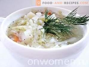 Supă de varză proaspătă cu pui
