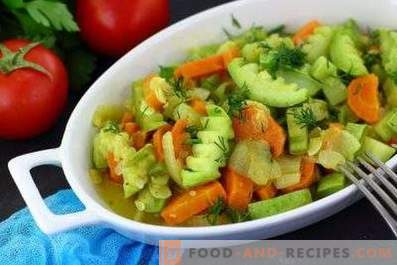 Squash stewed with carrots and onions