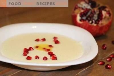 Semolina porridge with milk