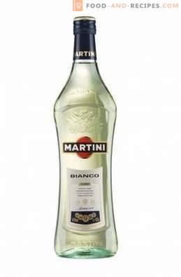 Wie man Bianco Martini trinkt